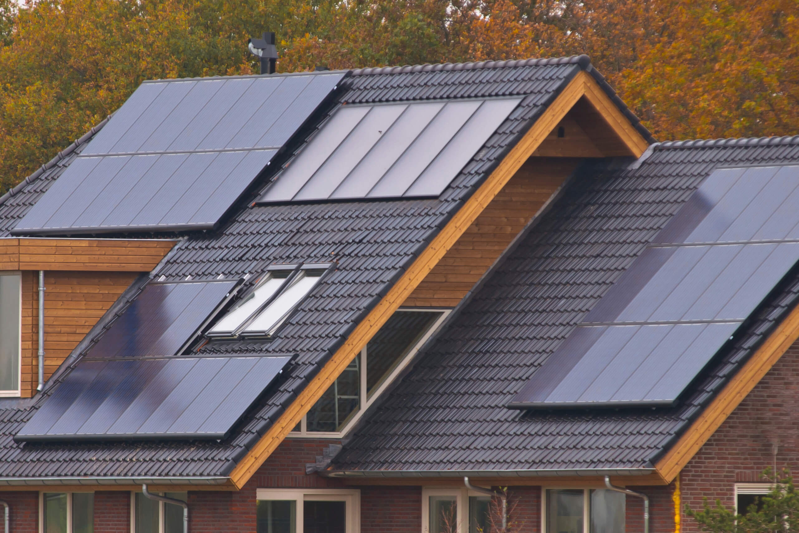 Solar PV Panels on Cedar Home